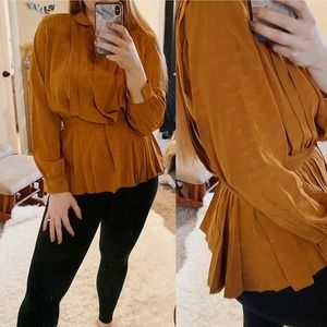 Gucci Vintage Silk Double G Mustard Blouse